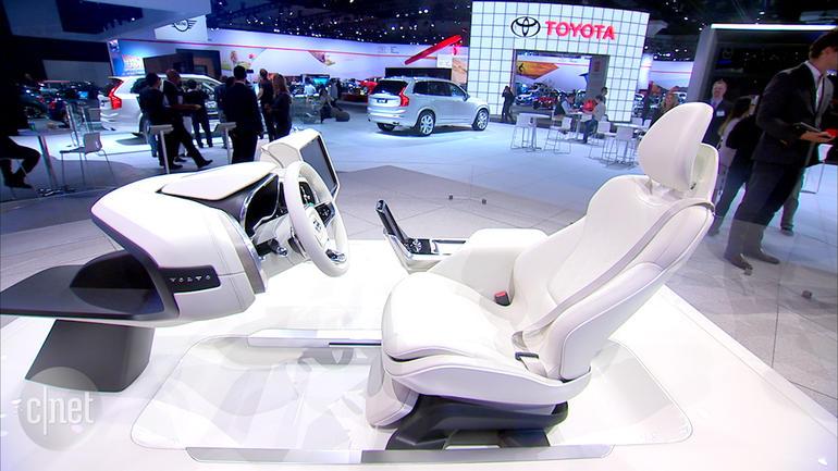 Volvo: se l'auto guida da sola, noi ci rilassiamo